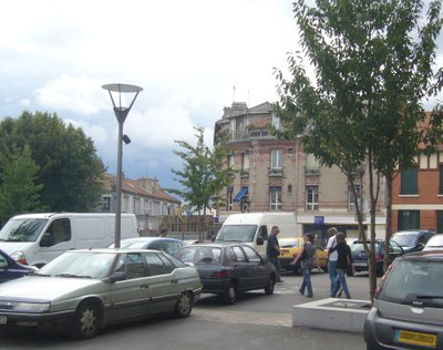 Place_de_leglise_du_temps_du_chat_2