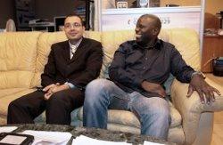 Daouda Sanogo (D) et Salem Bessad (G), le 9 octobre 2009 à Aulnay-sous-Bois. CP AFP