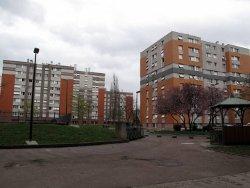 aulnay-sous-bois, le 30 mars. Le programme de réhabilitation de la cité gérée par Emmaüs pourrait démarrer en 2011.  (LP/G.B.)