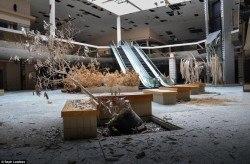 centres-commerciaux-gallerie-abandonnes-faillite-fantome-usa-14